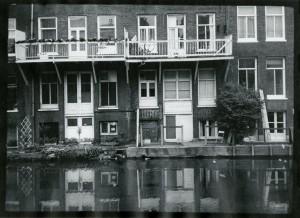 Back Entrances on Canal