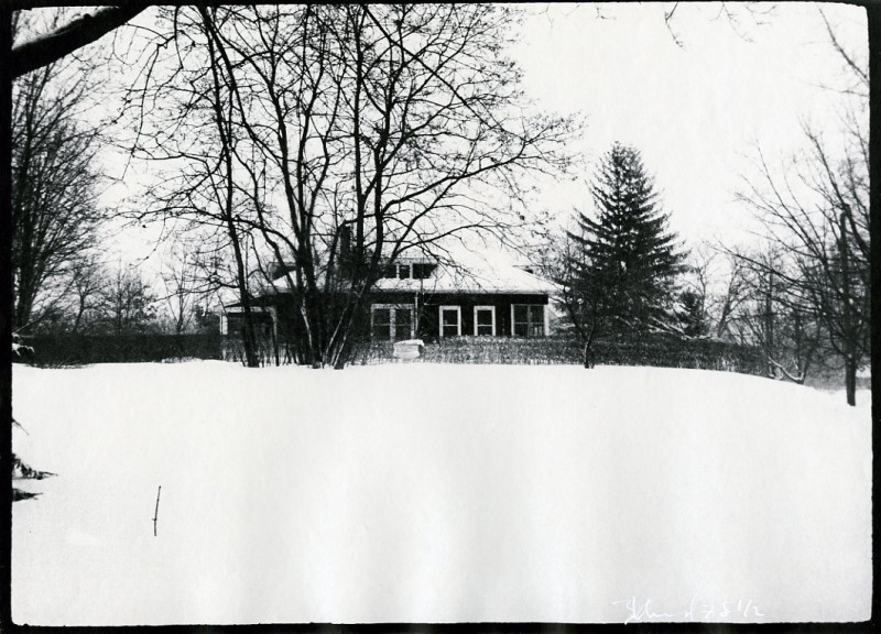 Bardwell Street House in Snow
